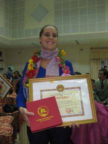 Vanessa got award from Quang Nam goverment