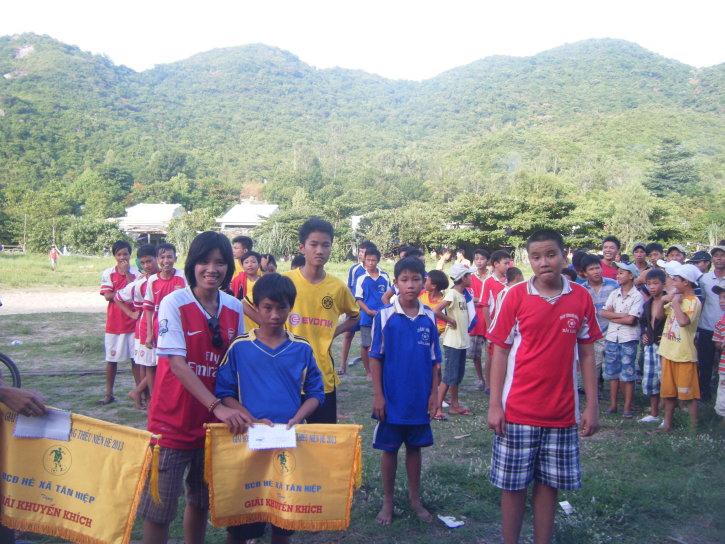 Cham island football